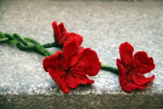 jak filcować kwiaty kursy wideo o filcowaniu kwiatów