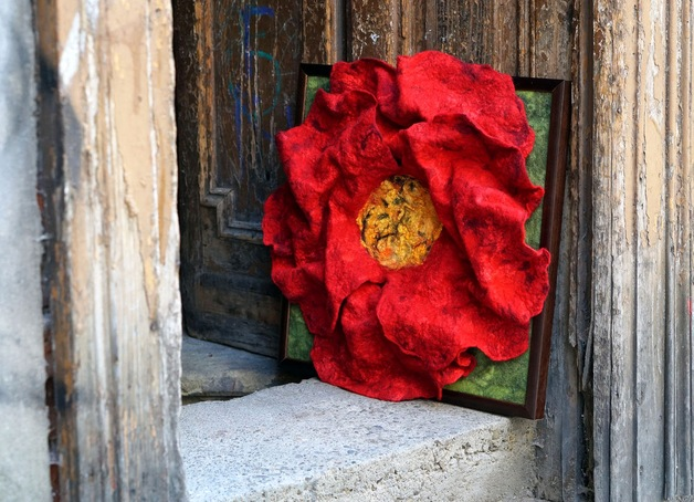 przestrzenny podwójny filcowy kwiat obraz filcowy płaskorzeźba filcowa